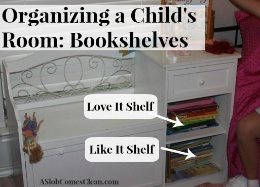 Organizing a Child's Room Bookshelves at ASlobComesClean.com