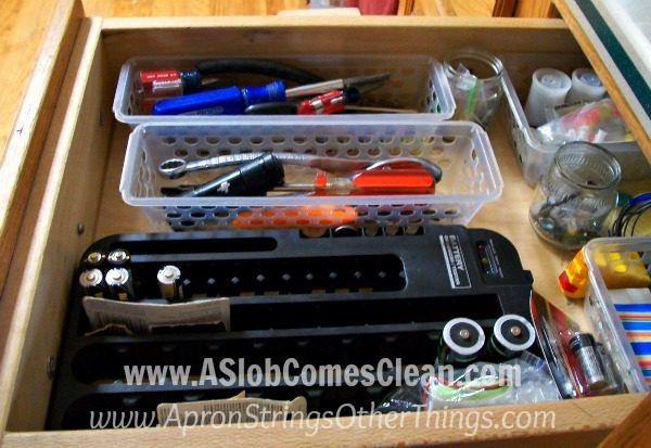 Junk Drawer Today Guest Post at ASlobComesClean.com