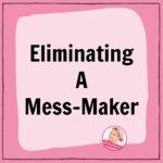 eliminating a mess maker christmas wreath declutter at ASlobcomesClean.com